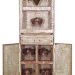 Fernando Lucchesi Armário Acrílica sobre madeira e cobre galvanizado 188 x 61 x 33 cm, sem data