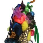 Escultura, Acrilon e tecido, 22 cm de altura
