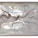 Anna Bella Geiger, A Linha Imaginária de Tordesilhas, Gaveta de arquivo, encáustica e folha de cobre, 58 x 21 x 9 cm, 1996.
