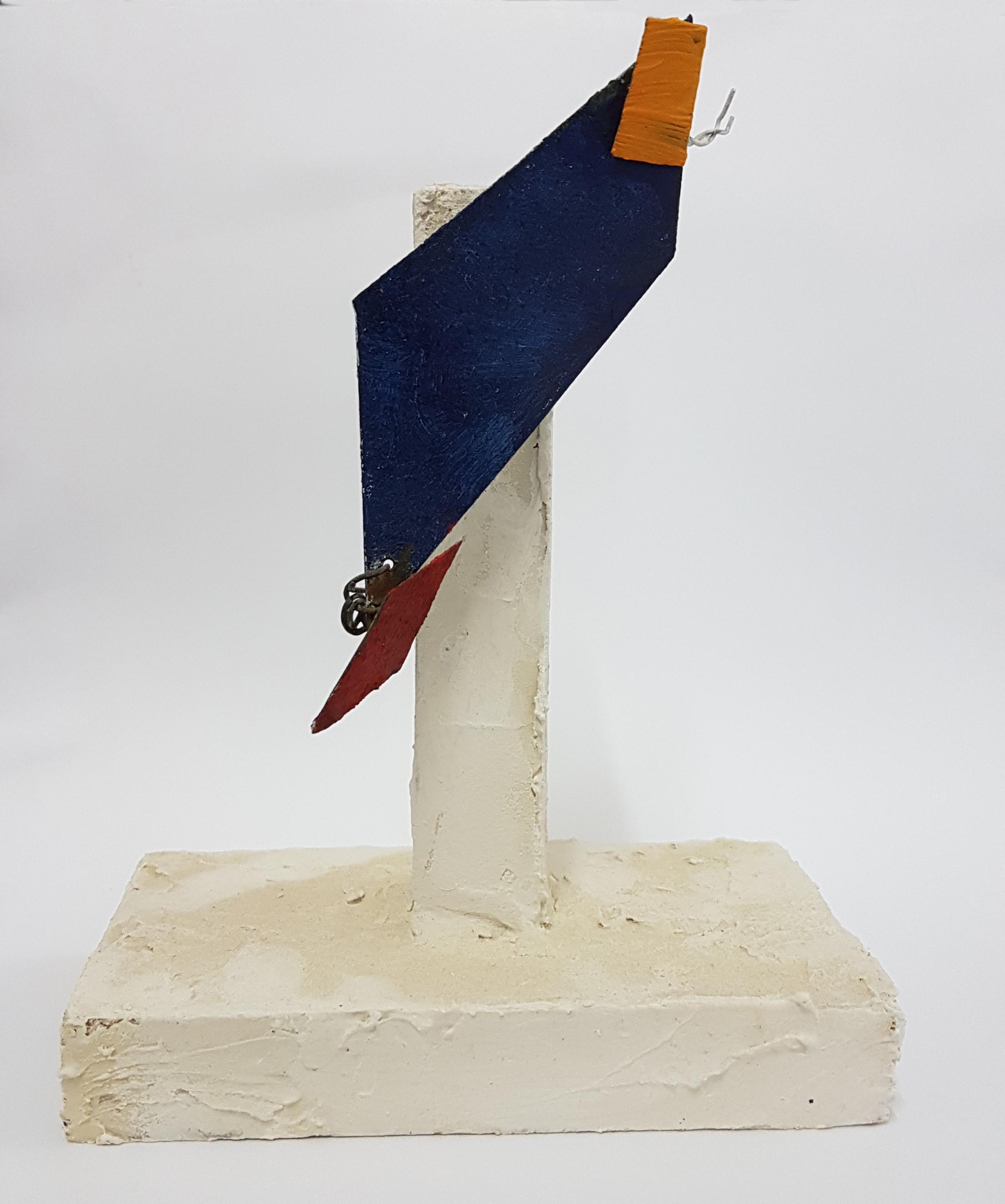 Arthur Luiz Piza, T - 807, Zinco pintao em acrílica e madeira pintada, 16,5x12,5x6,5 cm