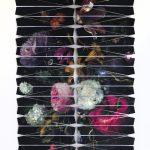 Natureza Bela, Morta e do Lar V - Homenagem a Jacob van Walscapelle, Impressão sobre papel dobrado em formato de aviã, 125 x 90 cm
