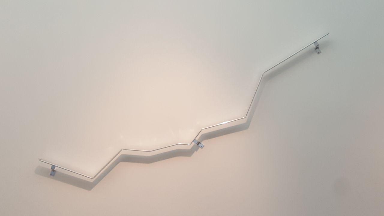 Vanesa Henn, Belo Horizonte, metal, 130 x 240 x 9 cm, 2018