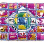 Marcos Cardoso sérieLembranças do meu Brasil Objeto de parede – rótulos de embalagens recortados, costurados, recheados e acolchoados com 33 x 45cm, 2004