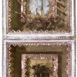 Fernando Luchessi, Divino Duplo, Objeto em Madeira pintada e colagem, 75 x 38 x 20 cm, 2002.
