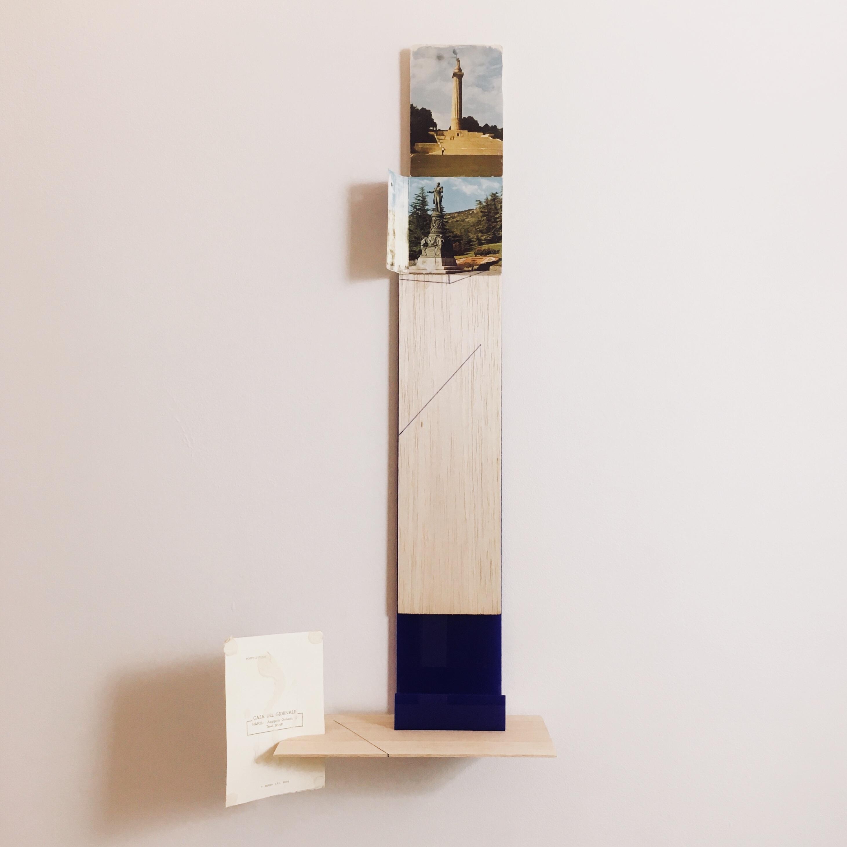 Gê Orthof, Máquinas mínimas, Napoli, Acrílico, postais e balsa, Desenho assemblage, 53 x 13 x 10 cm, 2018