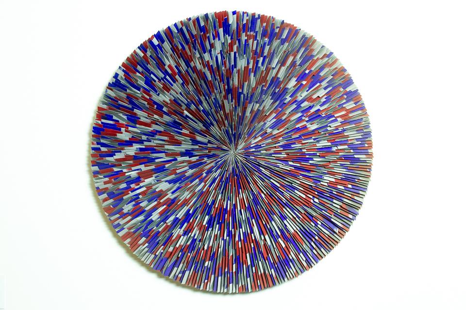 Roda, Zinco oxidado pintado, 100 cm diâmetro