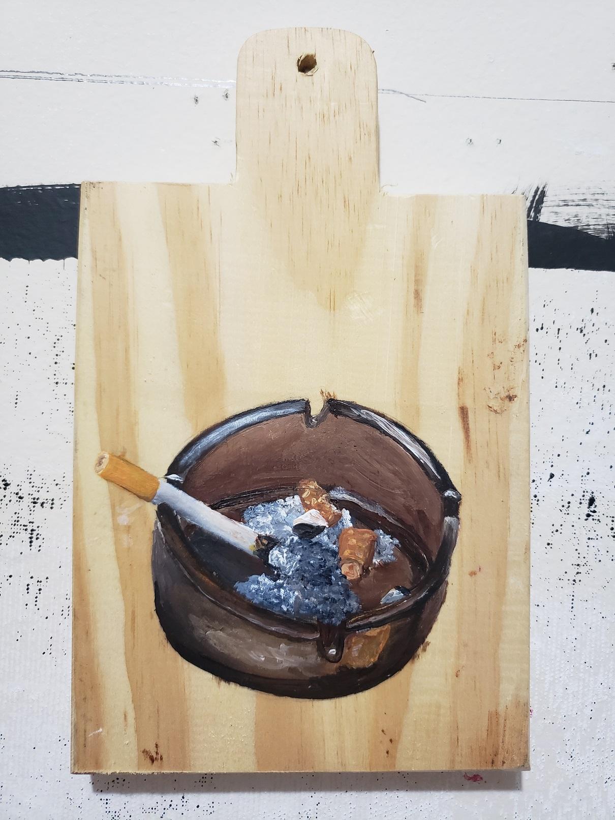 Julia Debasse, Dos Gardenias - Cinzeiro, Acrílica sobre tábua de carne, 24,5 x 14,5 x 2,5 cm, 2020