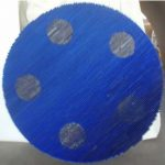 Marcos Coelho Benjamim Roda Azul com 5 bolinhas Zinco oxidado e pintura sobre madeira, 100 cm de diâmetro, 2005.