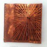 Hilal Sami Hilal Série Pregos Perspectiva Cobre/Corrosão 29 x 28 cm(Fechado), 2012.