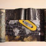 Anna Bella Geiger Rolo Amarelo Técnica mista 43 x 53 cm.