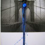 Anna Bella Geiger, Flumenpont nº 1, fotografia, encáustica, vidro, plástico e limal, 39 x 31cm