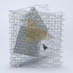 Arthur Luiz Piza, Sem Título, Arame galvanizado e zinco pintado em acrílica, 26 x 25 x 15 cm