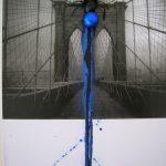 Anna Bella Geiger, Flumenpont n°1, Fotografia, encáustica, vidro, plástico e limalha, 43 x 33 cm, 2001/2005.