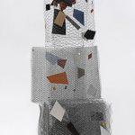 Arthur Piza, Babel, Arame galvanizado e zinco pintado em acrílica, 160 x 70 x 55 cm, 2008.