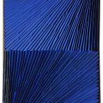 Marcos Coelho Benjamim, Retângulo, Zinco oxidado pintado, 70 x 40 cm, 2003.