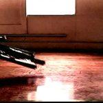 Anna Bella Geiger, EJECT, vídeo em cores, com som, duração 5 min, 2001