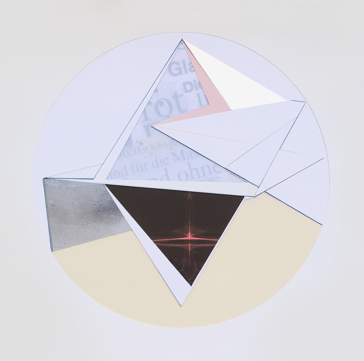 Isabelle Borges, Circle 20, COLAGEM , PAPEL SINTETICO, IMPRESSAO DIGITAL, CANETA EDDING, 50 x 50 cm, 2016