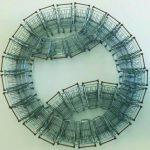 Luiz Hermano, Estádio, Aço Inox, plástico e Arame, 92 x 79 x 15 cm