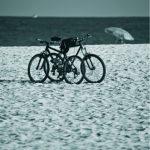 Giovanna Nucci, Pares Dispares - Praia, Fotografia, 110 x 73 cm, 2009. Tiragem de 10.
