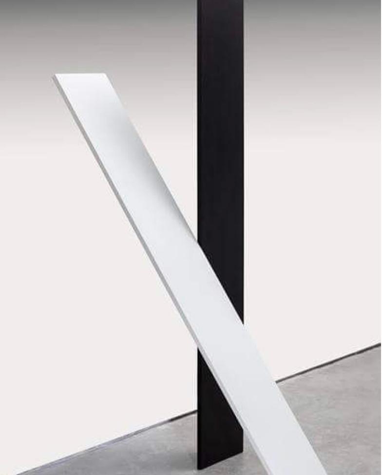 Almandrade, Sem título, Escultura em MDF e Fórimca, 160 x 60 x 60 cm, 2011
